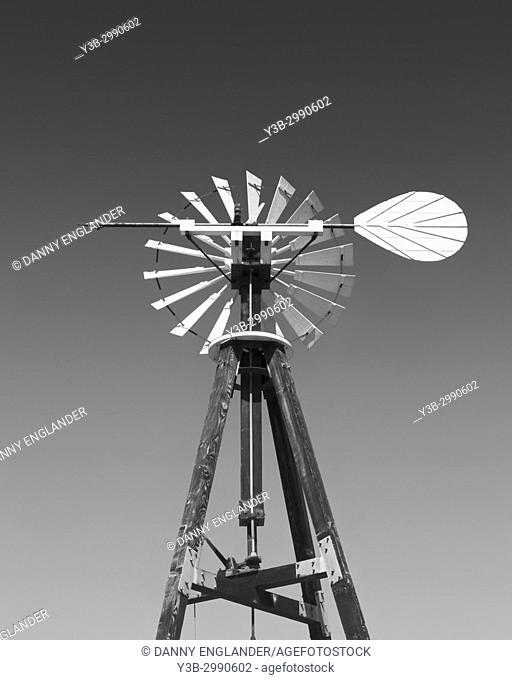 Old-West, vintage wind pump in black & white