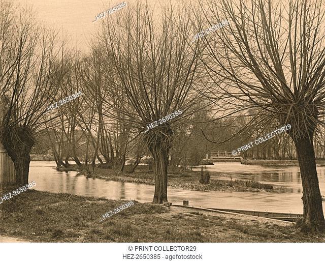 'Pangbourne Weir', 1902. Artist: Unknown