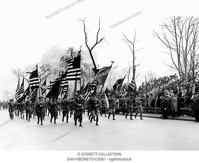 The Army Day parade, on Memorial Day, New York City, May 30, 1912. Courtesy: CSU Archives/Everett Collection