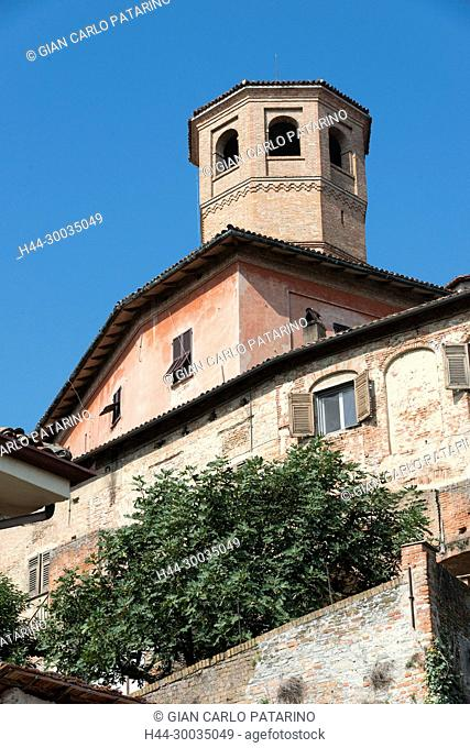 Italy, panorama of Piedmont Langhe-Roero and Monferrato on the World Heritage List UNESCO. View of the castle of Calamandrana village