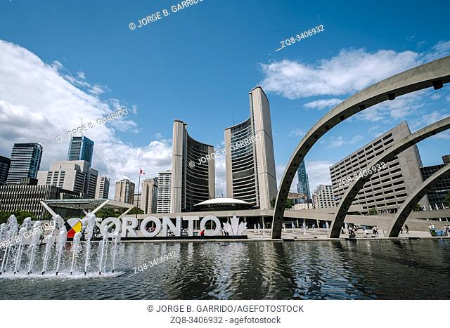 Toronto City Hall and Nathan Phillips Square