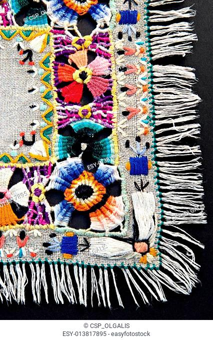 Embroidery of a mouline thread