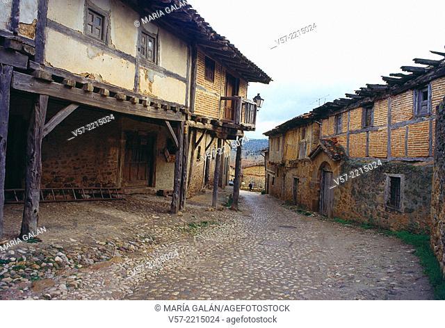 Mayor Street. Calatañazor, Soria province, Castilla Leon, Spain