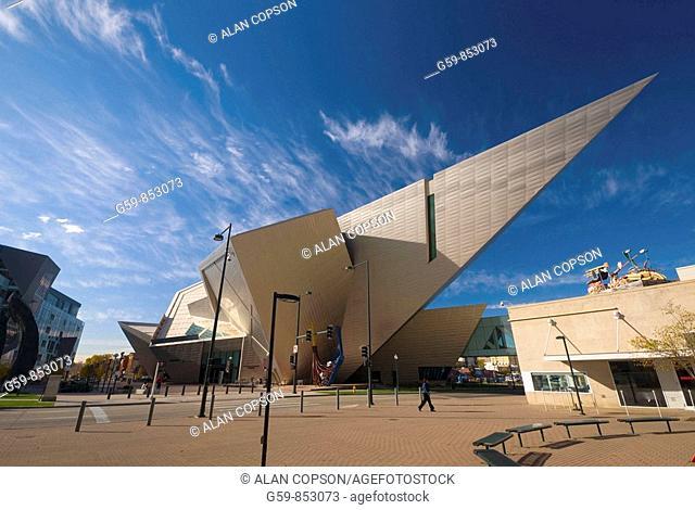 USA, Colorado, Denver, Denver Art Museum, Hamilton Building by Daniel Libeskind
