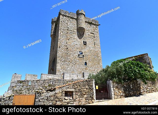 San Felices de los Gallegos, Castle (13-14th centuries) and walls. Las Arribes del Duero, Salamanca province, Castilla y Leon, Spain