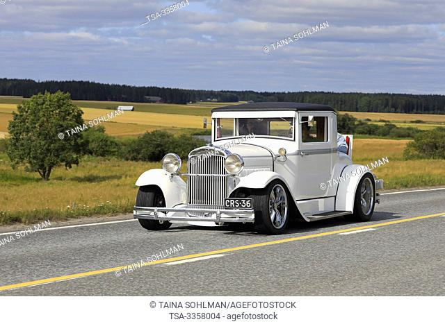 Vaulammi, Finland. August 3, 2019. White Essex Super Six year 1929 classic car on Maisemaruise 2019 car cruise in Tawastia Proper