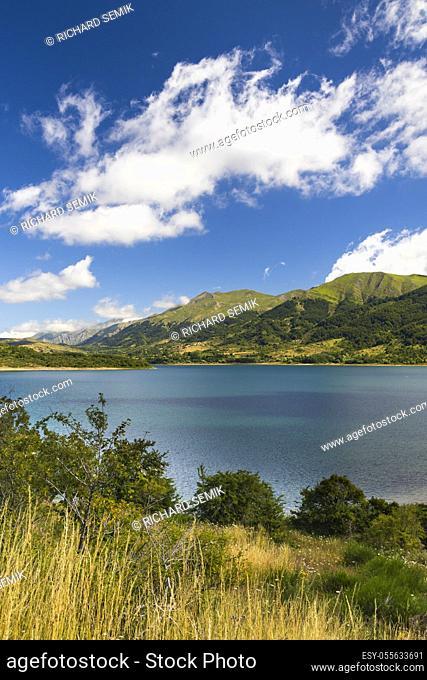 Lago di Campotosto in National Park Gran Sasso e Monti della Laga, Abruzzo region, Italy