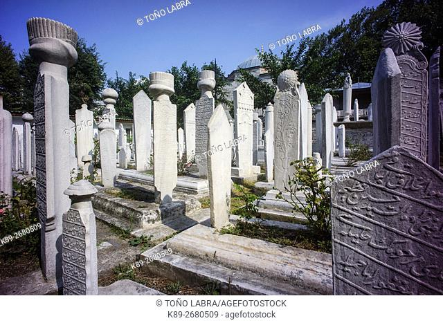 Ottoman cemetery. Sehzade Mosque (by Mimar Sinan). Istanbul. Turkey