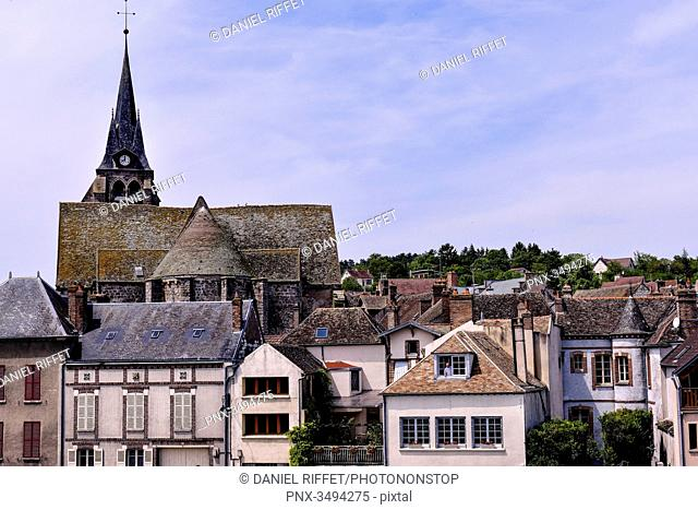 France, Center France, Burgundi, Pont-sur-Yonne, along the Yonne River, church bell and rooftop of the church