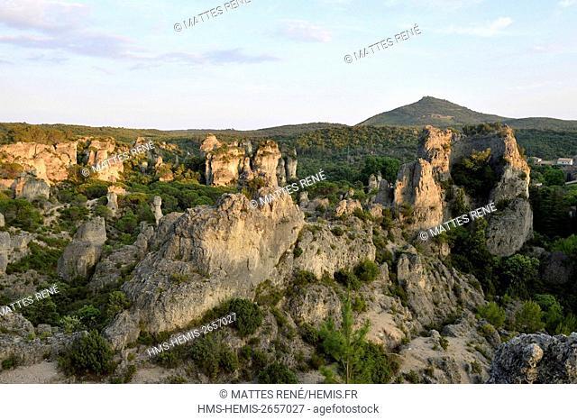 France, Herault, Cirque de Moureze, dolomitic rocks