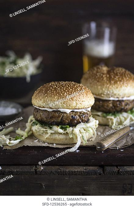 Burger with slaw