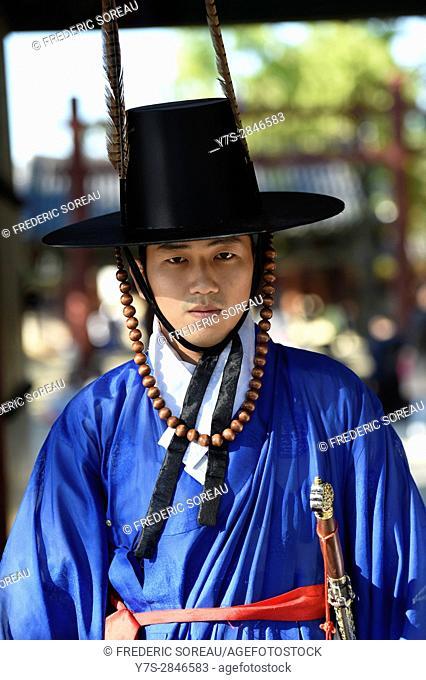 Portrait of Korean man in traditional costume, Jeonju, South Korea