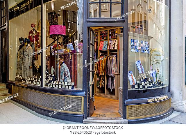 New & Lingwood Mens Clothes Shop, Jermyn Street, Piccadilly, London, UK
