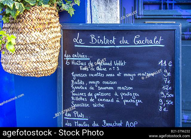 France, Nouvelle Aquitaine, Gironde, sign of a Bistrot at Bordeaux