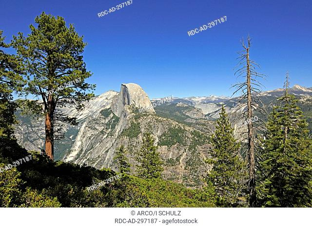 Half Dome Mountain, view from Glacier Point, Yosemite National Park, California, USA