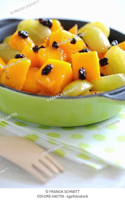 Mango with grape