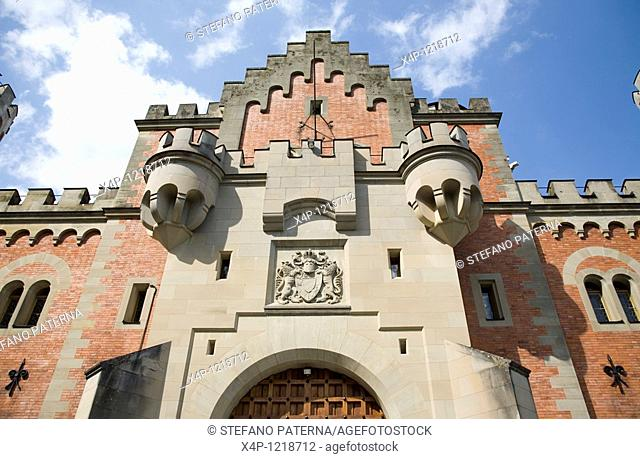 Facade and central entrance to the castle, Schloss Neuschwanstein, Bavaria, Germany