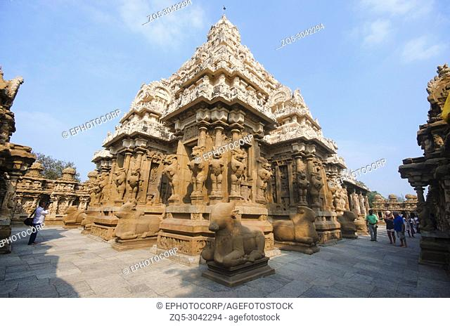 Outer view of Kailasanathar temple, Kanchipuram, Tamil Nadu, India. Hindu temple in the Dravidian architectural style, dedicated to the Lord Shiva