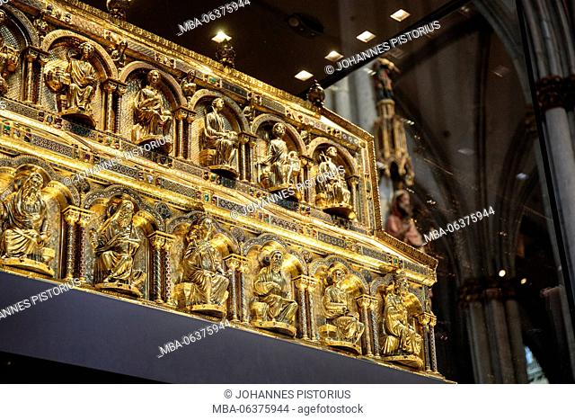 Europe, Germany, North Rhine-Westphalia, Cologne, Shrine of the Three Kings in the cathedral