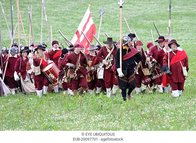 Battle english civil war Stock Photos and Images | age fotostock
