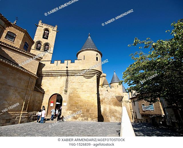Royal Palace and castle of Carlos III of Navarre, the seat of the Royal Court, Olite, Kingdom of Navarre, Spain, Europe