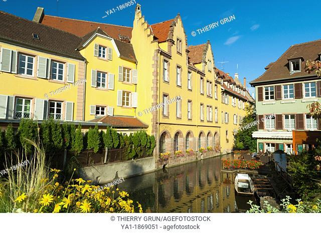 Petite Venise, Quai de la Poissonnerie, view from bridge in rue Turenne, Colmar, Haut-Rhin, Alsace, France, Europe