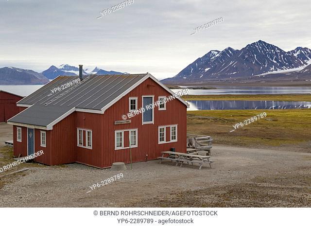 house in arctic landscape, Ny-Alesund, Spitsbergen, Svalbard