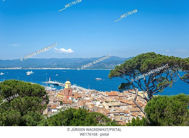 Townscape with the bell tower of Notre Dame de l'Assomption Church, Saint-Tropez, Var, Provence-Alpes-Cote d`Azur, France, Europe