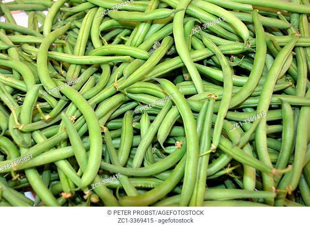 Green beans on the fruit and vegetable market Naschmarkt in Vienna - Austria