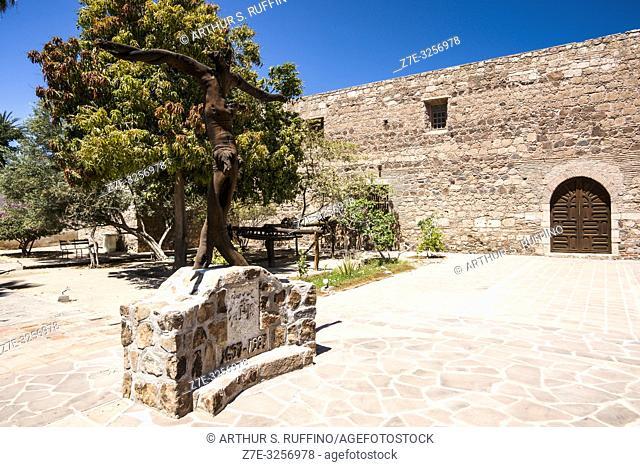 Courtyard of the Mission of Nuestra Señora de Loreto Conchó (Mission of Our Lady of Loreto). UNESCO World Heritage Site. Loreto, Baja California Sur, Mexico