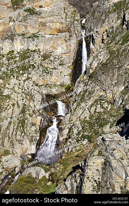 Litueros waterfall in Sierra Cebollera. Sierra Norte. We are Sierra. Madrid. Spain. Europe