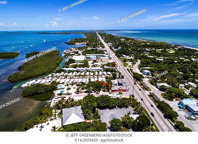 Florida, Florida Keys, Upper, Islamorada, Florida Bay, Atlantic Ocean, Route 1 Overseas Highway, aerial overhead view above bird's eye
