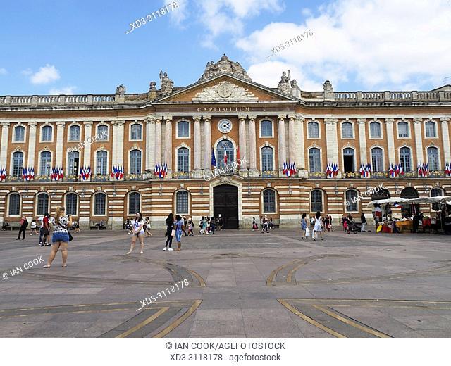 Capitolium, City Hall, Place du Capitole, Toulouse, Haute-Garonne Department, Occitanie, France