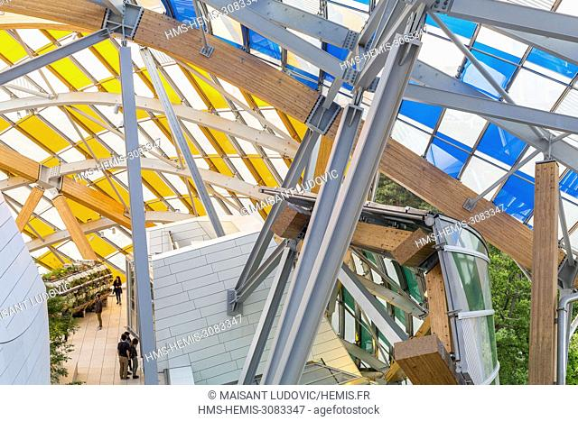 France, Paris, Bois de Boulogne, Acclimatization Garden, Mahatma Gandhi Avenue, Louis Vuitton foundation, designed by Frank Gehry (inaugurated in 2014) with a...