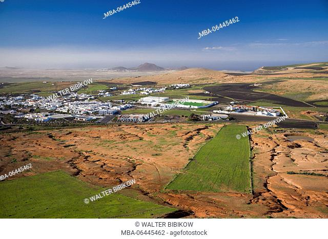 Spain, Canary Islands, Lanzarote, Teguise, elevated town view