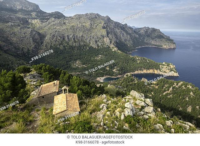 ermita de la Torre de sa Mola de Tuent ,1596, Escorca, Paraje natural de la Serra de Tramuntana, Mallorca, balearic islands, Spain
