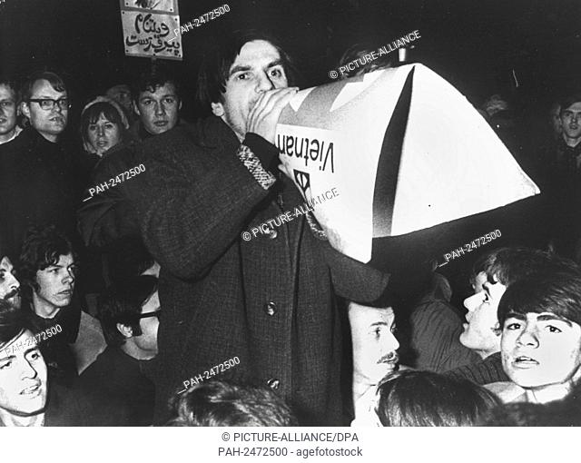 Student leader Rudi Dutschke asks demonstrators at the central station in Frankfurt to go home. He was arrested on the 29th of February in 1968 during the...