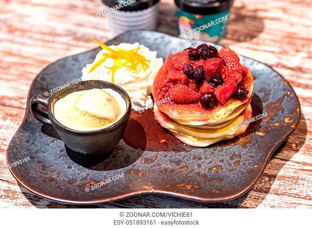 Pancake served with ice cream gelato