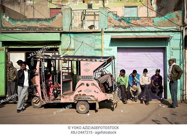 India, Rajasthan, Nawalgarh, rickshaw