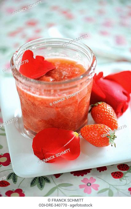 Strawberry and rose compote