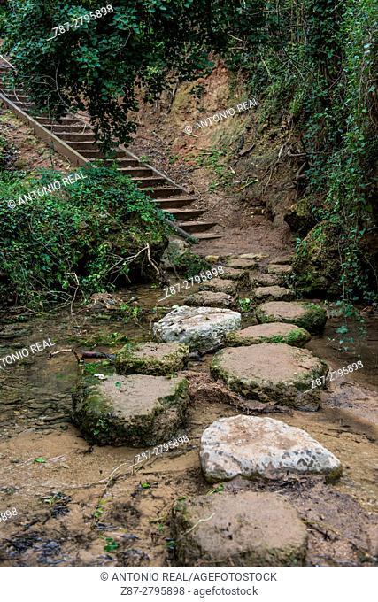 Way to El Chorrador waterfall, bed of river Barcal, Navarrés, Canal de Navarrés, Valencia province, Comunidad Valenciana, Spain