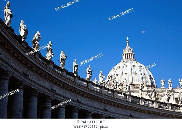 Italy, Rome, Vatican City, Basilica of Saint Peter, Statues