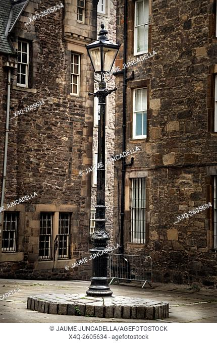An old fashioned lamppost in Edinburgh