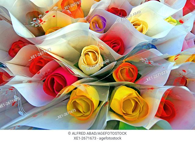 Bouquet of wooden roses