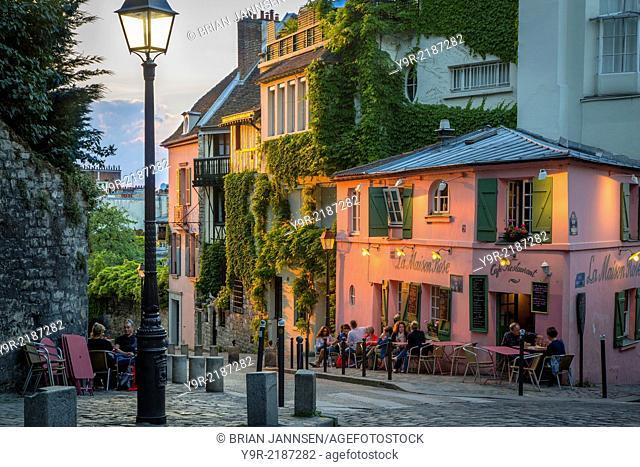 Evening sunlight on La Maison Rose in Montmartre, Paris France