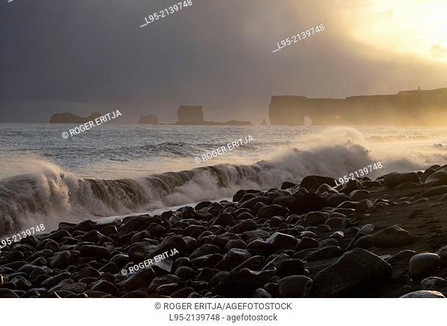 Dyrhólaey promontory on the Atlantic ocean, Iceland