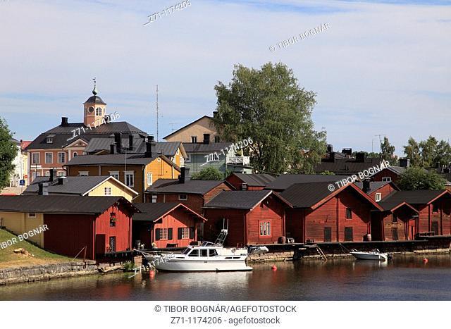 Finland, Porvoo, Porvoonjoki River, shore houses