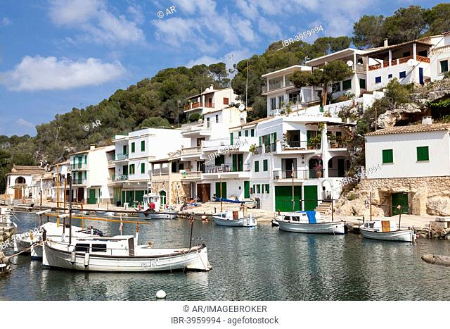 Bay with fishing boats and harbor of Cala Figuera, Majorca, Balearic Islands, Spain