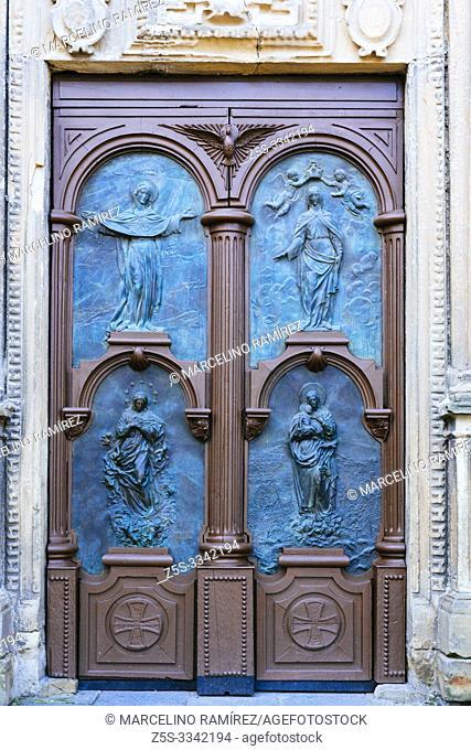 Entrance door. Church of Nuestra Señora del Juncal. Irun, Gipuzkoa, Donostialdea, Basque Country, Spain, Europe