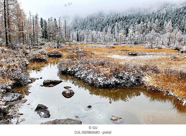 Winter landscape at Hulu Hai lake, Dangling, Sichuan, China